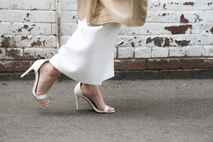 thatsotee-spring-style-2016-white-sandals-2