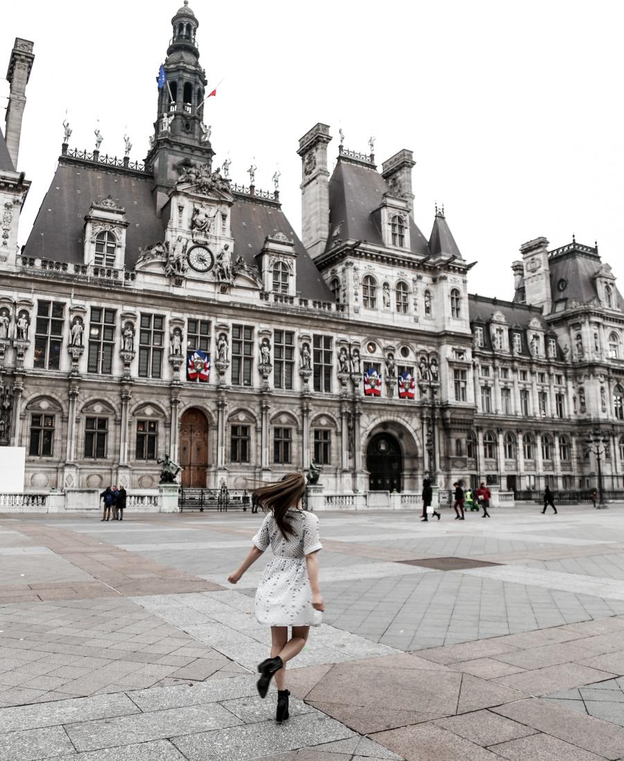 paris-hotel-de-ville