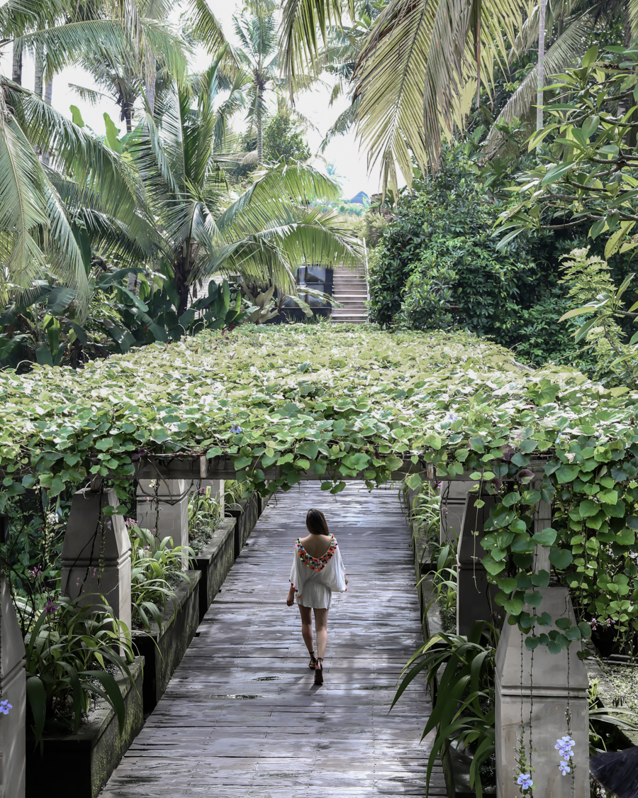 Bali indonesia travel guide what to do where to stay for Where to stay in bali indonesia